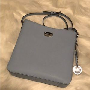 Michael Kors Medium Crossbody NWOT